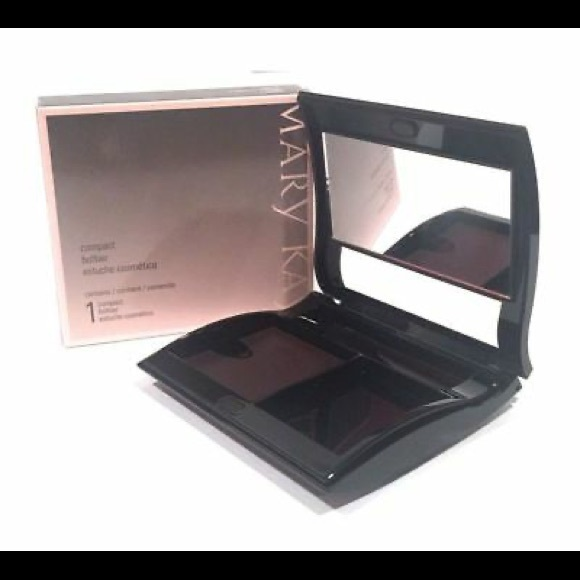 Mary Kay Refillable Magnetic Compact